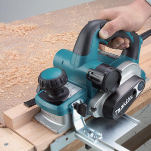 Strug do drewna Makita KP0810C
